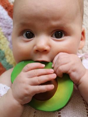 Set 3 jucării pentru dentiție, din cauciuc natural, Legumele Preferate