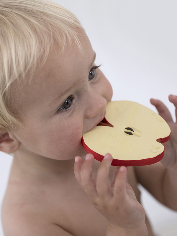 Mărul Pepita, jucărie pentru dentiție